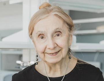 Dr. Dorothy Hennings